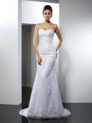 Trumpet/Mermaid Sweetheart Sleeveless Court Train Lace Satin Wedding Dresses
