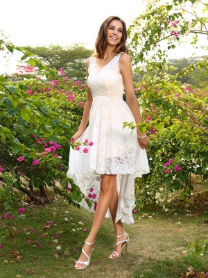 A-Line/Princess V-neck Sleeveless Asymmetrical Lace Lace Bridesmaid Dresses