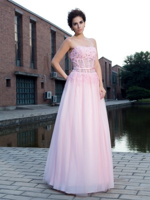 A-Line/Princess Straps Sleeveless Floor-Length Applique Net Dresses