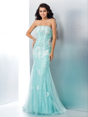 Trumpet/Mermaid Sleeveless Strapless Floor-Length Applique Lace Dresses
