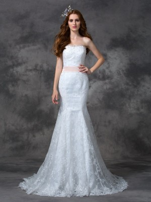 Trumpet/Mermaid Sleeveless Strapless Court Train Sash/Ribbon/Belt Lace Wedding Dresses