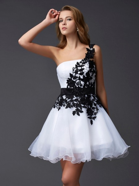 A-Line/Princess Sleeveless One-Shoulder Short/Mini Lace Organza Dresses