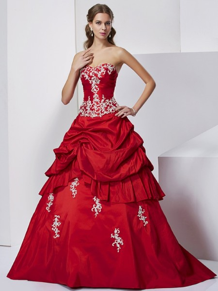 Ball Gown Sweetheart Sleeveless Floor-Length Applique Taffeta Dresses