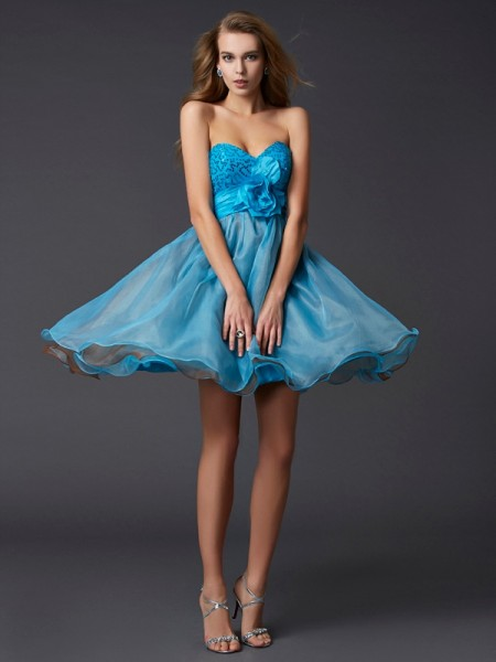 A-Line/Princess Sleeveless Sweetheart Short/Mini Paillette Taffeta Dresses