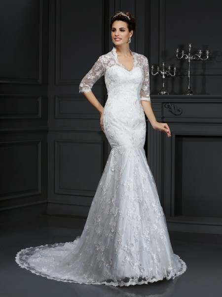 Trumpet/Mermaid 1/2 Sleeves V-neck Court Train Lace Lace Wedding Dresses