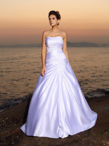 Ball Gown Strapless Sleeveless Court Train Applique Satin Wedding Dresses