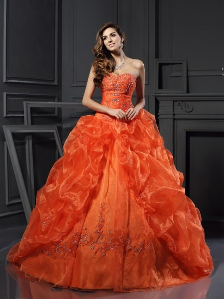 Ball Gown Sweetheart Sleeveless Court Train Applique Organza Dresses