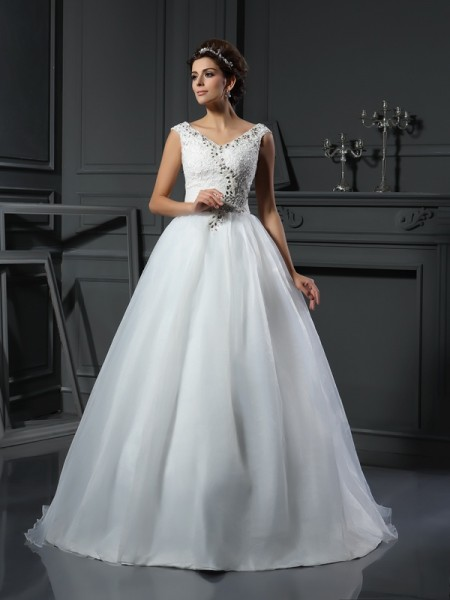 A-Line/Princess Sleeveless V-neck Chapel Train Beading Organza Wedding Dresses
