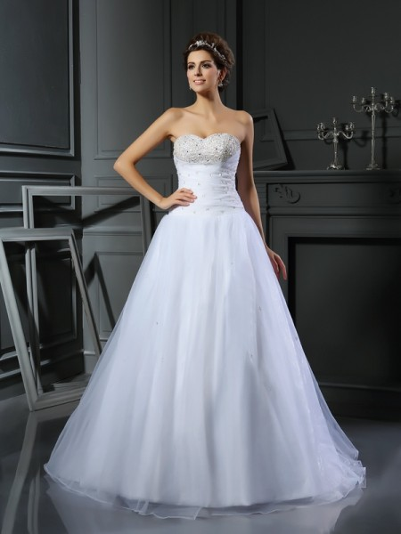 Ball Gown Sweetheart Sleeveless Court Train Beading Satin Wedding Dresses