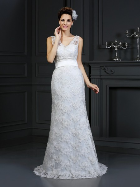 Trumpet/Mermaid Sweetheart Sleeveless Chapel Train Applique Lace Wedding Dresses