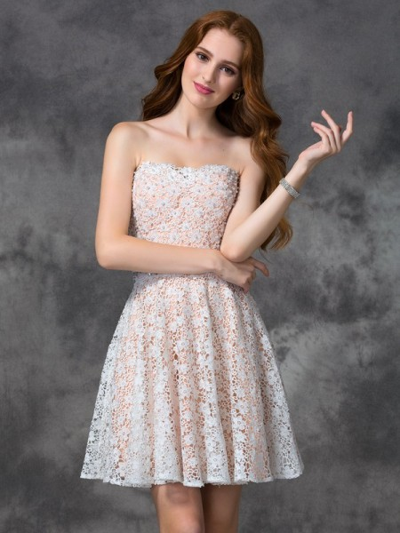 A-Line/Princess Sleeveless Sweetheart Short/Mini Lace Lace Dresses