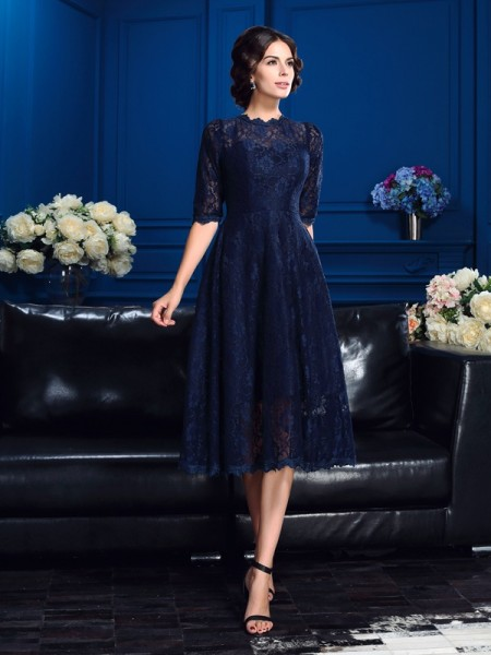 A-Line/Princess Jewel 1/2 Sleeves Knee-Length Lace Lace Mother of the Bride Dresses
