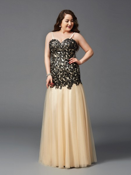Sheath/Column Spaghetti Straps Sleeveless Floor-Length Applique Net Plus Size Dresses