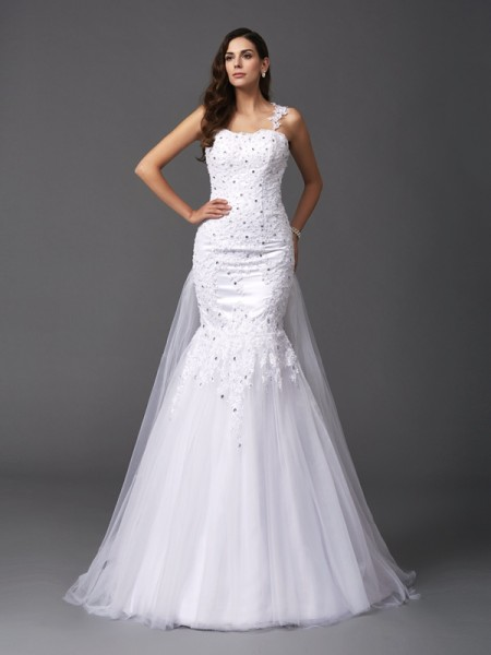 Trumpet/Mermaid Sleeveless Straps Sweep/Brush Train Beading Net Wedding Dresses
