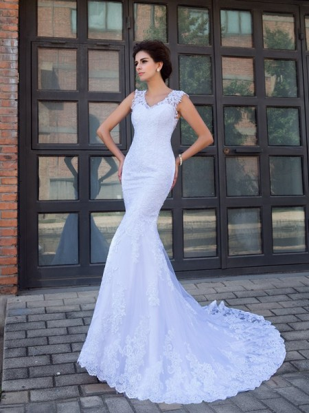 Trumpet/Mermaid Sleeveless V-neck Chapel Train Applique Satin Wedding Dresses