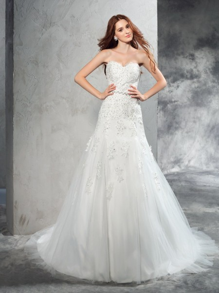 Sheath/Column Sleeveless Sweetheart Court Train Applique Satin Wedding Dresses