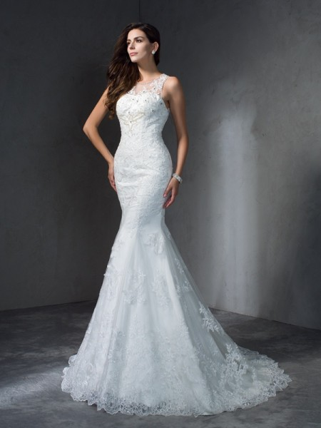 Trumpet/Mermaid Scoop Sleeveless Court Train Applique Lace Wedding Dresses