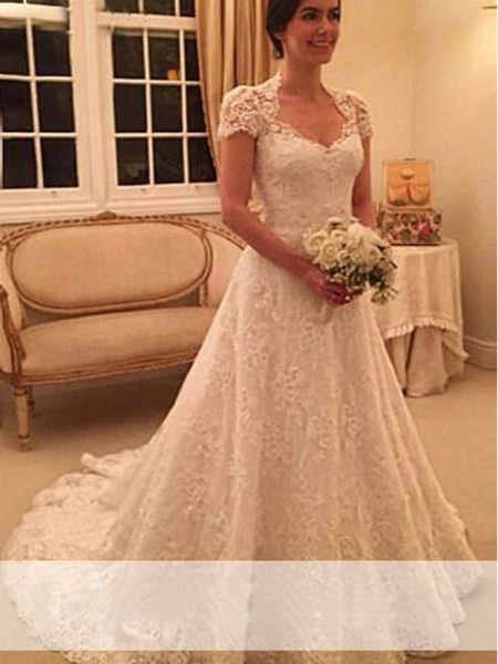 A-Line/Princess Short Sleeves Sweetheart Court Train Lace Lace Wedding Dresses