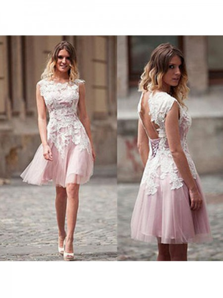A-Line/Princess Scoop Sleeveless Short/Mini Applique Tulle Dresses