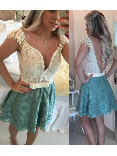 A-Line/Princess Sleeveless V-neck Short/Mini Beading Lace Dresses