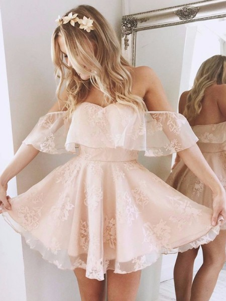 A-Line/Princess Off-the-Shoulder Sleeveless Short/Mini Lace Dresses
