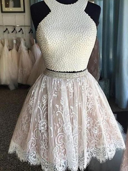 A-Line/Princess Halter Sleeveless Short/Mini Pearls Lace Dresses