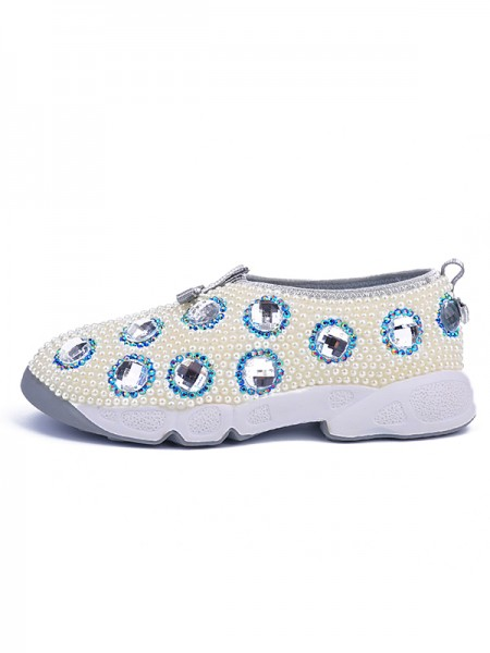Women's Patent Leather Flat Heel Closed Toe With Pearl White Fashion Sneakers